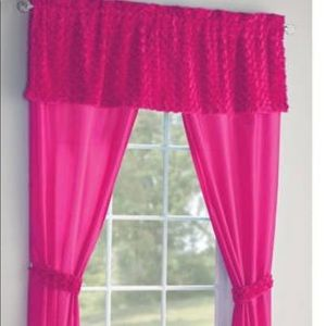 Pink poodle curtains to match comforters